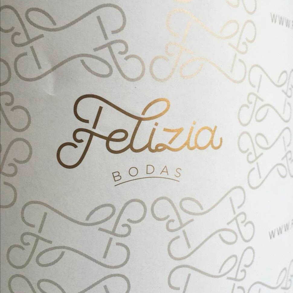 Cristina Arevalo Tipagr Fica Felizia Logo Blog Sabado Comunicacion Digital - Diseñadores Invitados. Hoy: Cristina Arévalo
